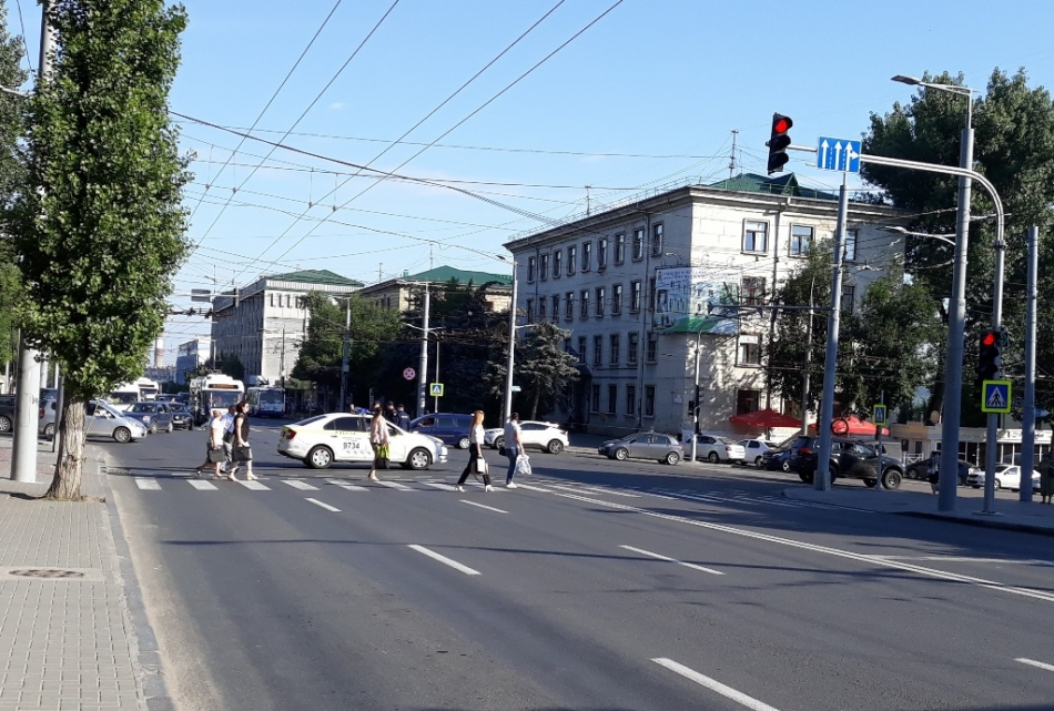 Poliția: Ca să fii în siguranță în trafic trebuie să respecți câteva reguli