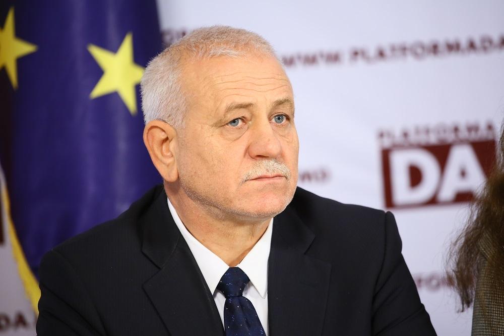 """Deputat: """"Când vede cum se ceartă electoratul lui Andrei Năstase cu cel al Maiei Sandu, Igor Dodon se…"""""""