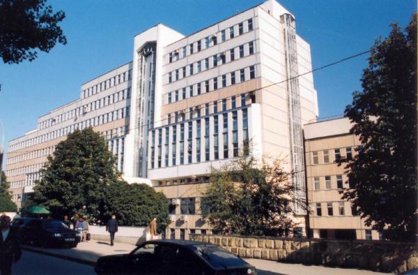 """Institutul de Ftiziopneumologie """"Chiril Draganiuc"""" va primi o unitate radiologică auto"""