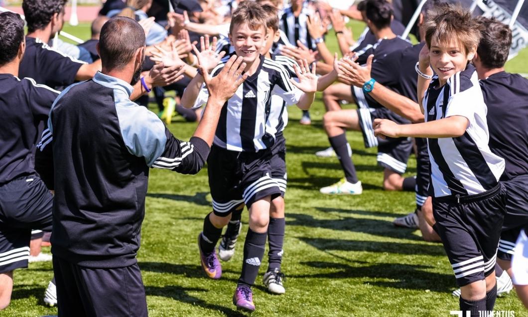 Juventus Torino deschide o academie de fotbal la București