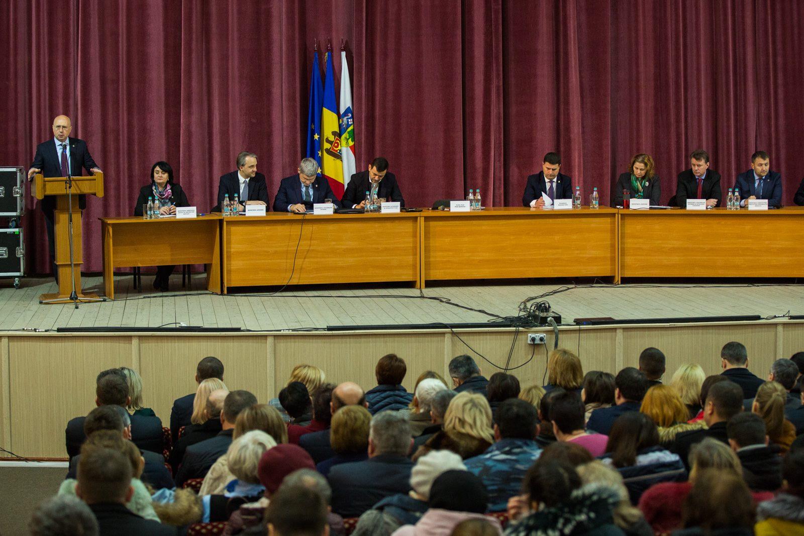 Cabinetul de miniștri, la Orhei: Ne-am suflecat mânecile, ne-am apucat de treabă și am început să rezolvăm problemele