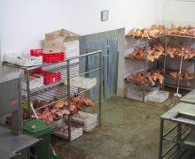 Nereguli la o secție de producere a cărnii din mun. Chișinău