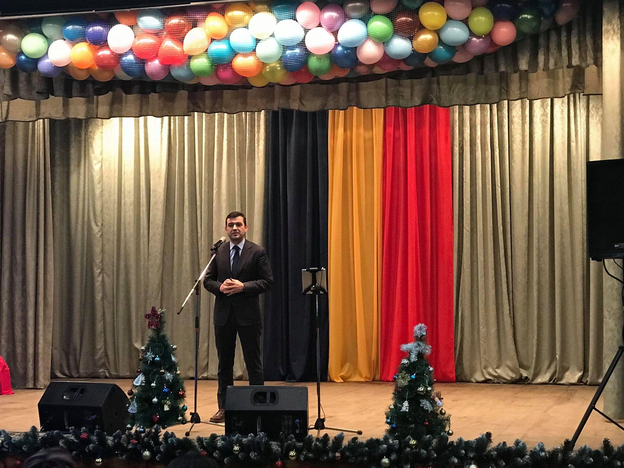 """Chiril Gaburici – la cea mai longevivă întreprindere din industria ușoară din Moldova: """"Aceasta se datorează muncii…"""""""