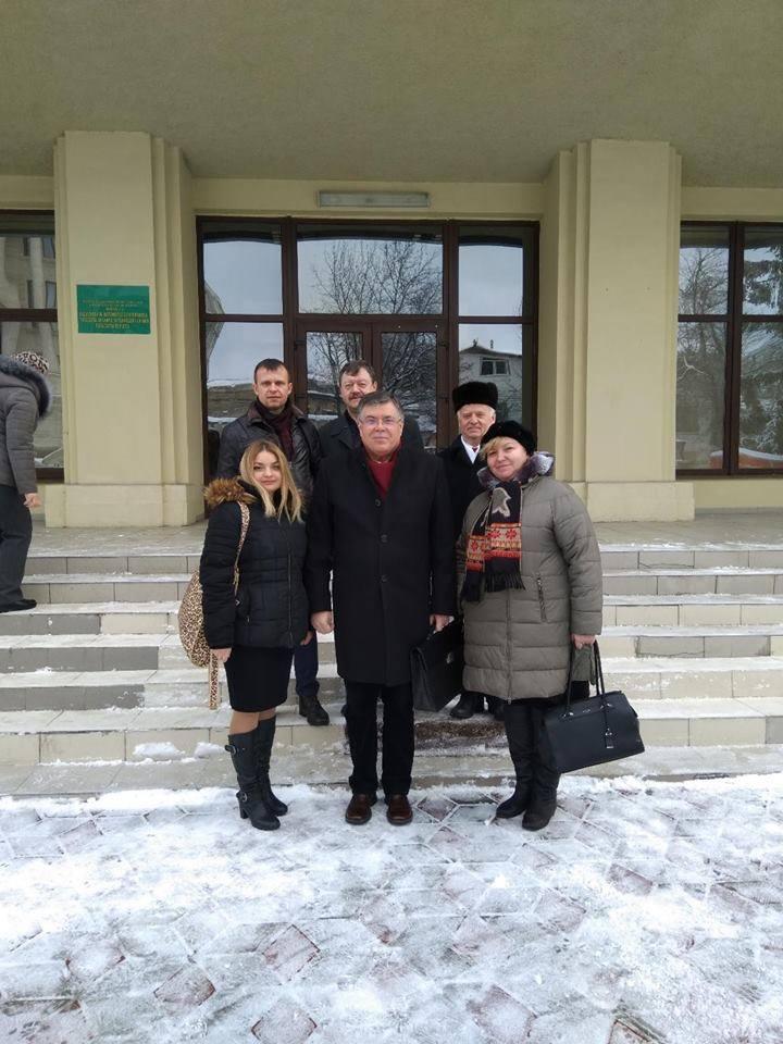 Iurie Reniță: Cele 888 de semnături au fost colectate în rezultatul discuțiilor cu cetățenii în stradă, în apartamente, în holurile reci și insalubre ale blocurilor de locuit