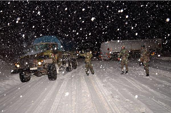 Armata Naţională – pregătită să acţioneze în zonele afectate de ninsori