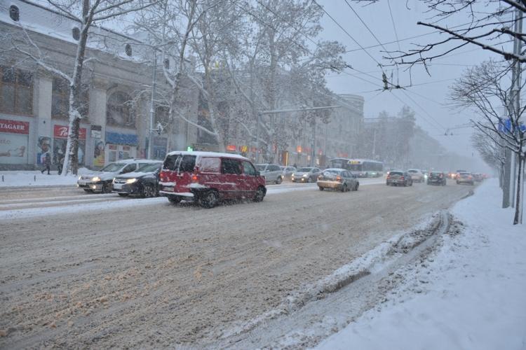 Situația în Chișinău în condiție de ninsoare abundentă