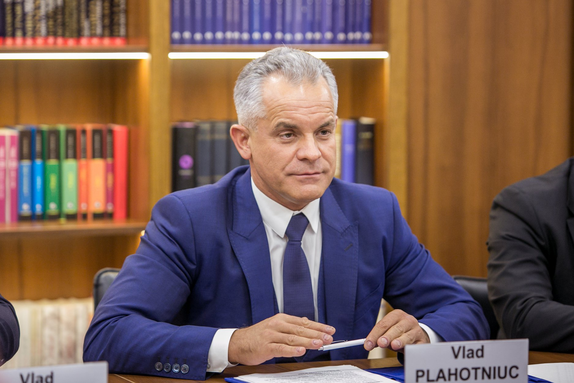 Vlad Plahotniuc şi familia sa au primit interdicţie de intrare în SUA