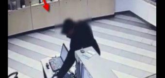 Locuitor al capitalei reținut pentru furtul unui telefon