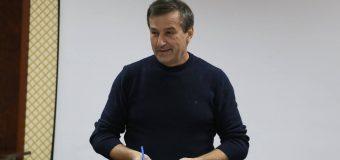 Grigore Cobzac a depus actele pentru a fi înregistrat în calitate de candidat la parlamentare