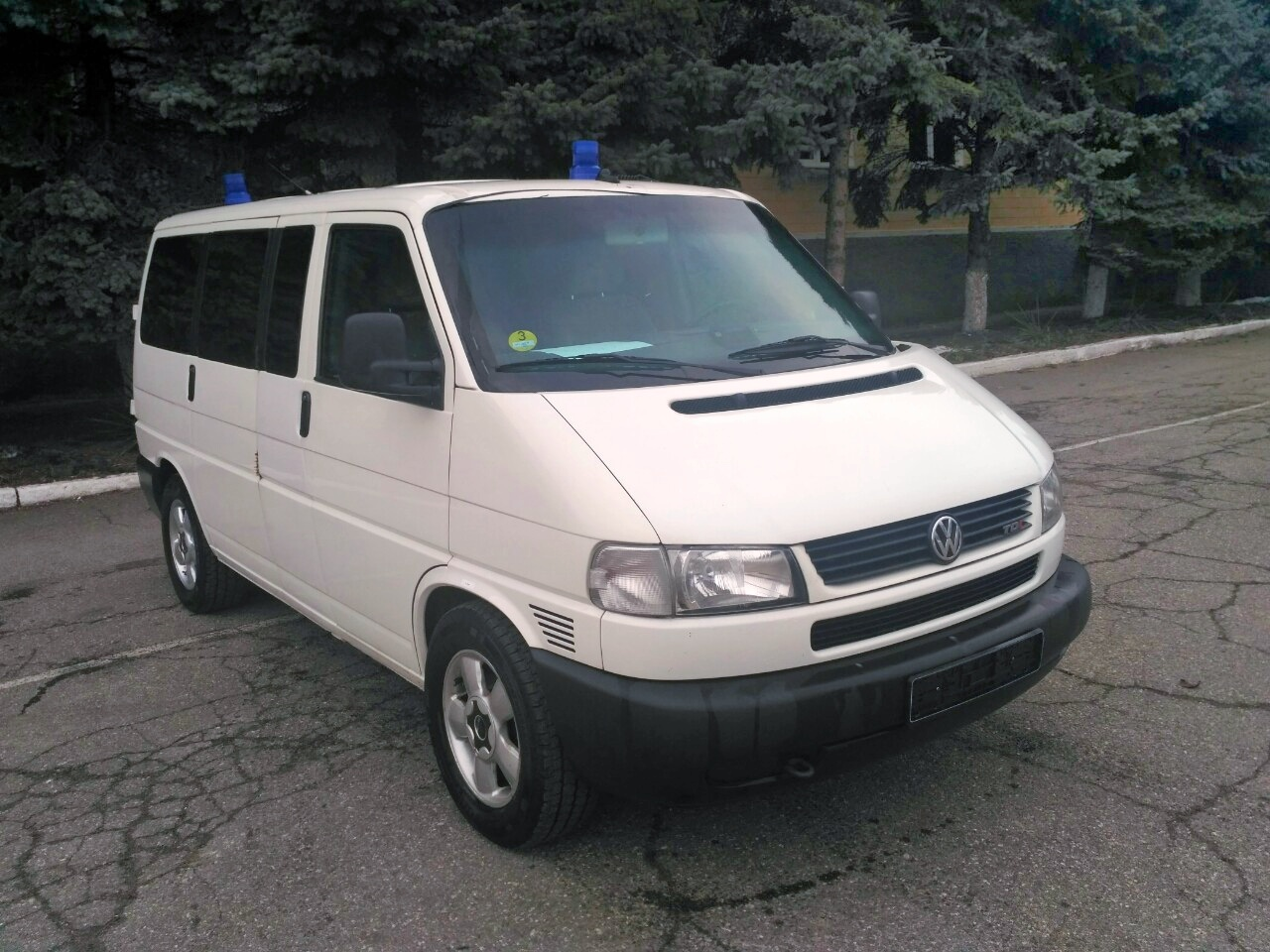 Sistemul penitenciar a primit un automobil de la Ambasada Republicii Federale Germane