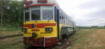 Sustrăgeau motorină din rezervorul locomotivei. Printre suspecți – 2 angajați ai Căii Ferate din Moldova