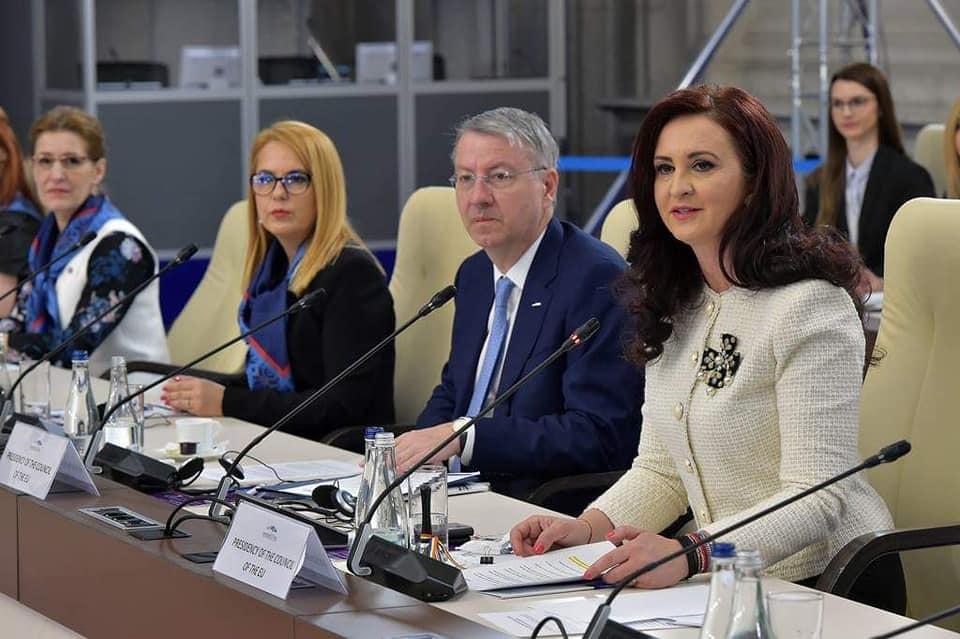 Ministrul pentru Românii de Pretutindeni a prezidat prima reuniune în domeniul politicilor pentru diaspora