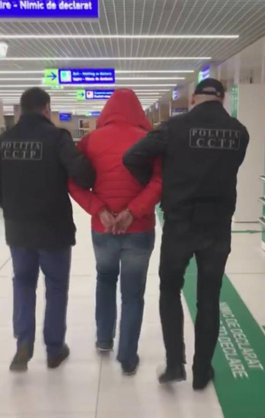 Un moldovean și un turc extrădați în Republica Moldova