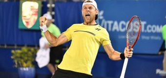 A schimbat racheta de tenis pe mingea de fotbal. Radu Albot – fotbalist pentru o zi (VIDEO)