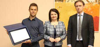 Radu Albot a primit un premiu bănesc din partea Ministrului Educației, Culturii și Cercetării