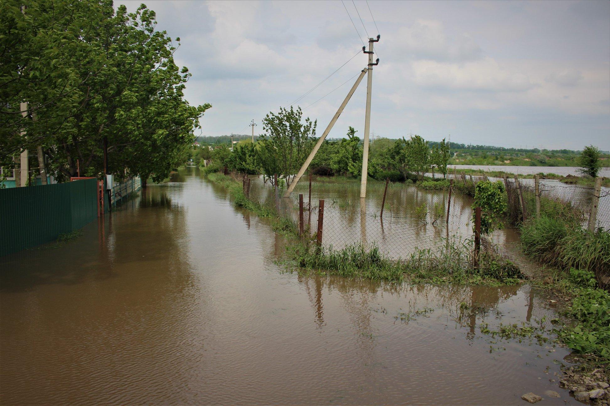 Pe parcursul ultimelor 24 de ore, salvatorii au intervenit în mai multe localități (FOTO)