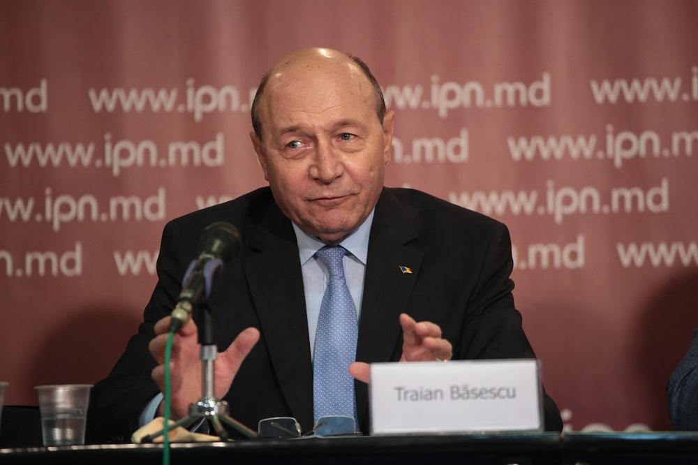 Traian Băsescu: Este în interesul cetățenilor Republicii Moldova să demonstreze că sunt importanți