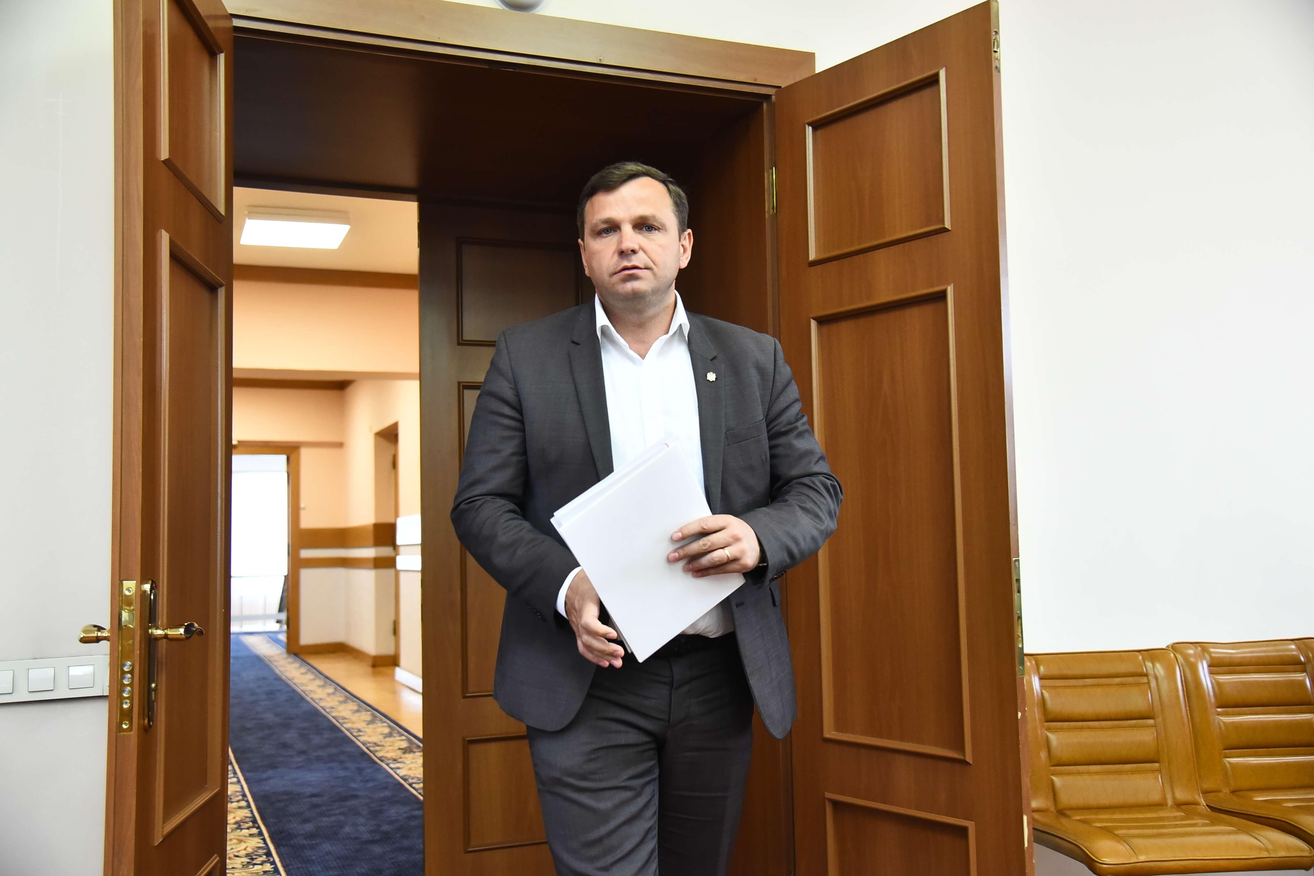 Până la învestirea oficială a noului Primar, Andrei Năstase a semnat o dispoziție privind delegarea exercitării atribuțiilor