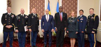Medalii ale Armatei Naţionale, pentru doi ofiţeri americani