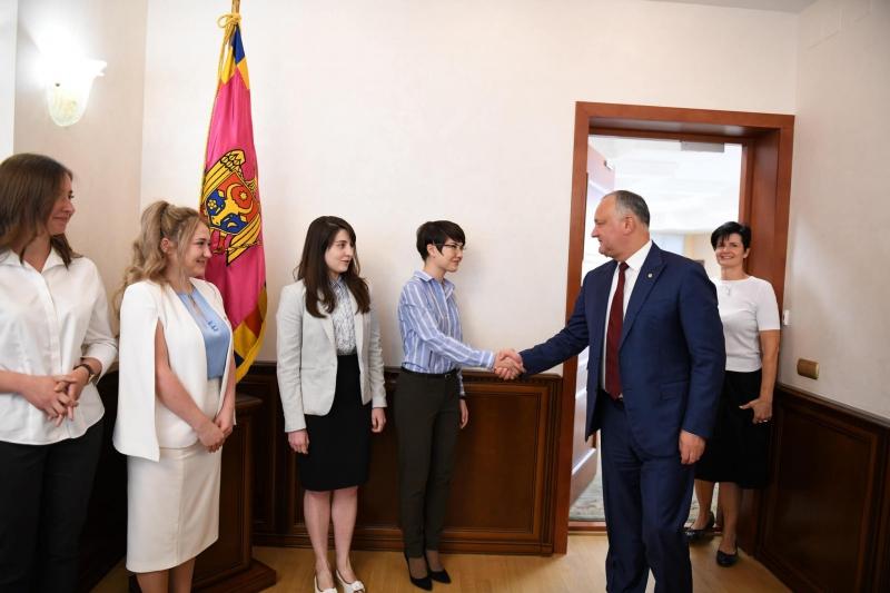 Studenți masteranzi din diasporă efectuează un stagiu de practică la Președinția R. Moldova