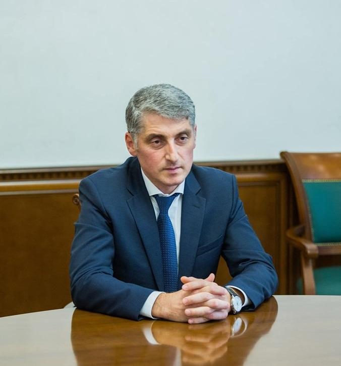 Eduard Harunjen a depus cererea de demisie