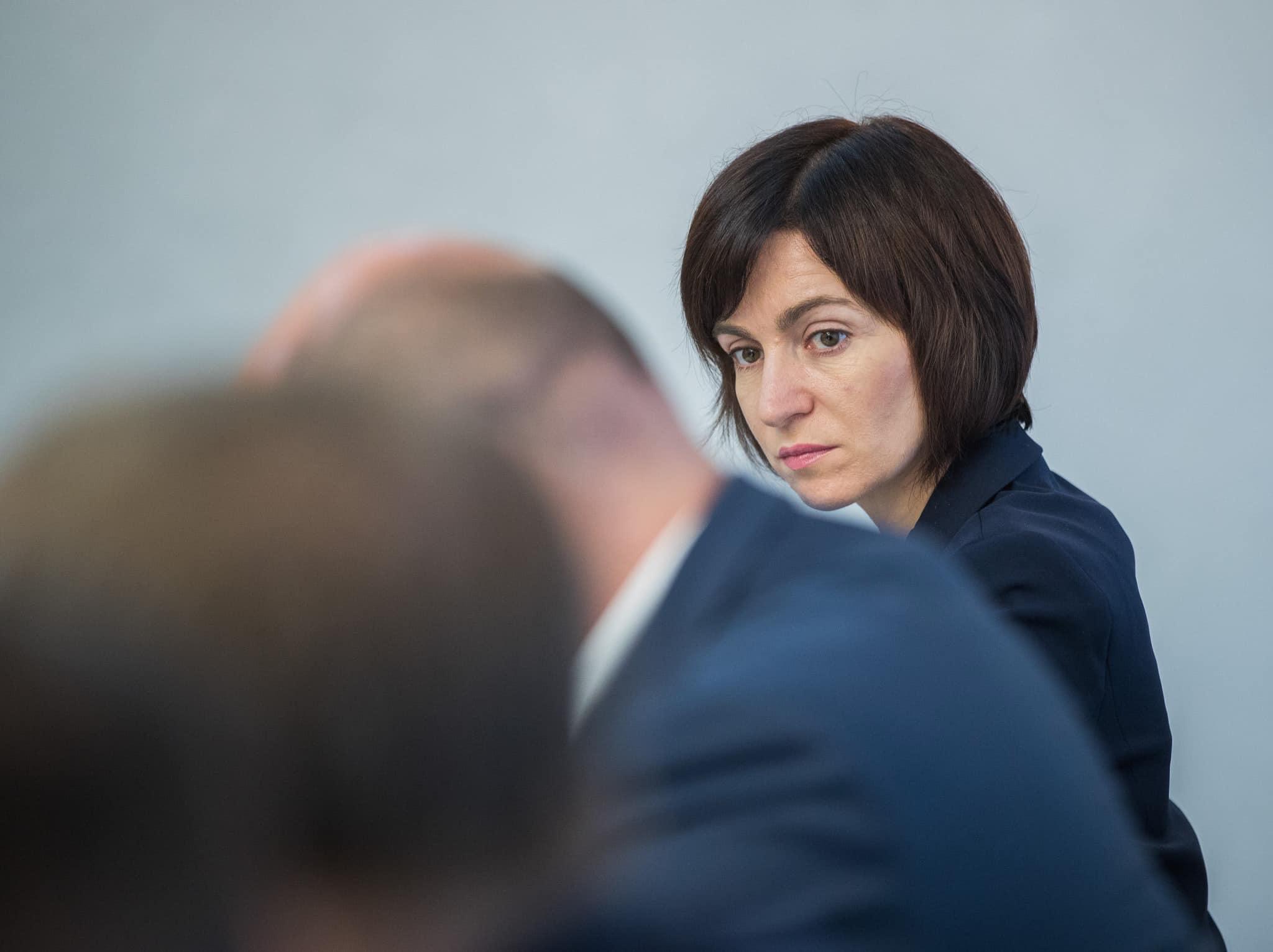 Maia Sandu: Ce vrea să arate oamenilor prim-ministrul cu asta? Că e mai presus de lege?
