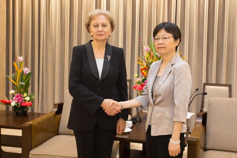 Președintele Parlamentului, în China: Suntem interesați ca investitorii chinezi să investească în domeniul IT