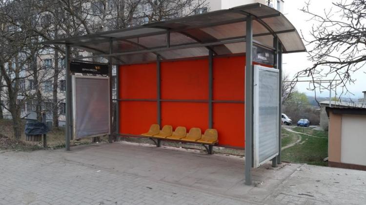 Circa 300 de stații de așteptare a transportului public din capitală vor fi renovate