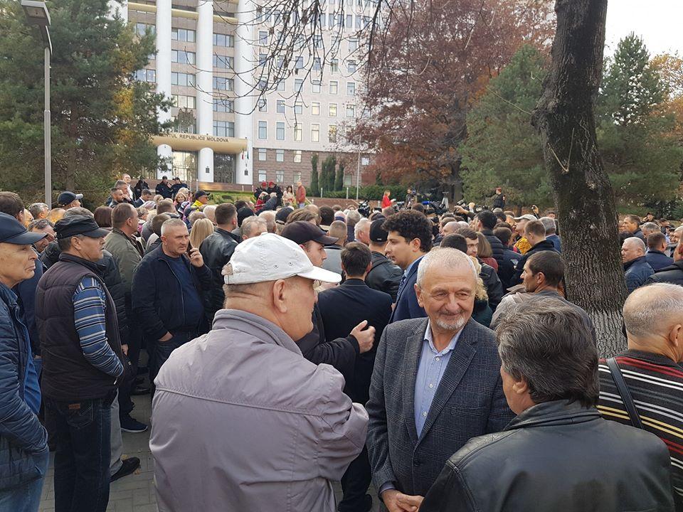 (VIDEO) Miting în susținerea Guvernului Maia Sandu, la Parlament