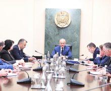 Dodon, la Guvern: Atenția miniștrilor trebuie să fie îndreptată către cetățeni