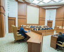 Dodon, la discuții cu deputații Adunării Populare a Găgăuziei