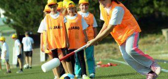 Lecții de fotbal în școlile din țară. FMF oferă detalii