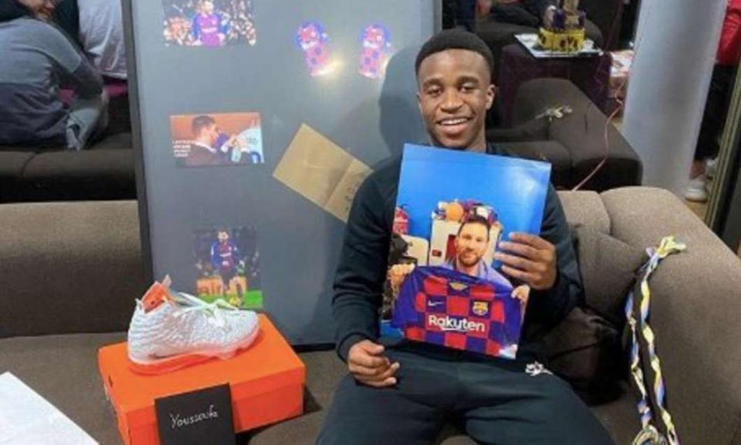 Noul puşti-minune al Borussiei Dortmund, cadouri-surpriză din partea idolului Lionel Messi