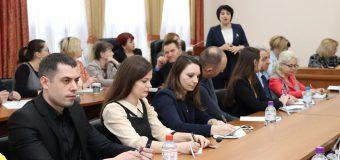 """""""Vorbiți corect, vorbiți românește!"""" – angajații CCRM au participat la un nou atelier"""