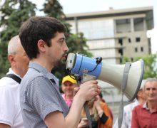 """Activist, despre reluarea coaliției ACUM-PSRM: """"Ar fi posibilă doar într-un singur caz"""""""
