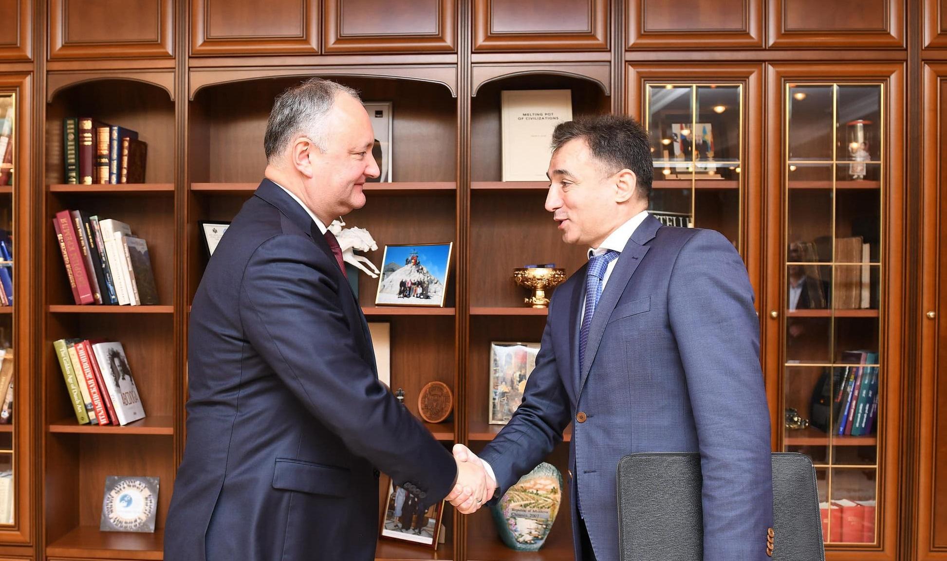 Ce a discutat șeful statului cu Ambasadorul Republicii Azerbaidjan