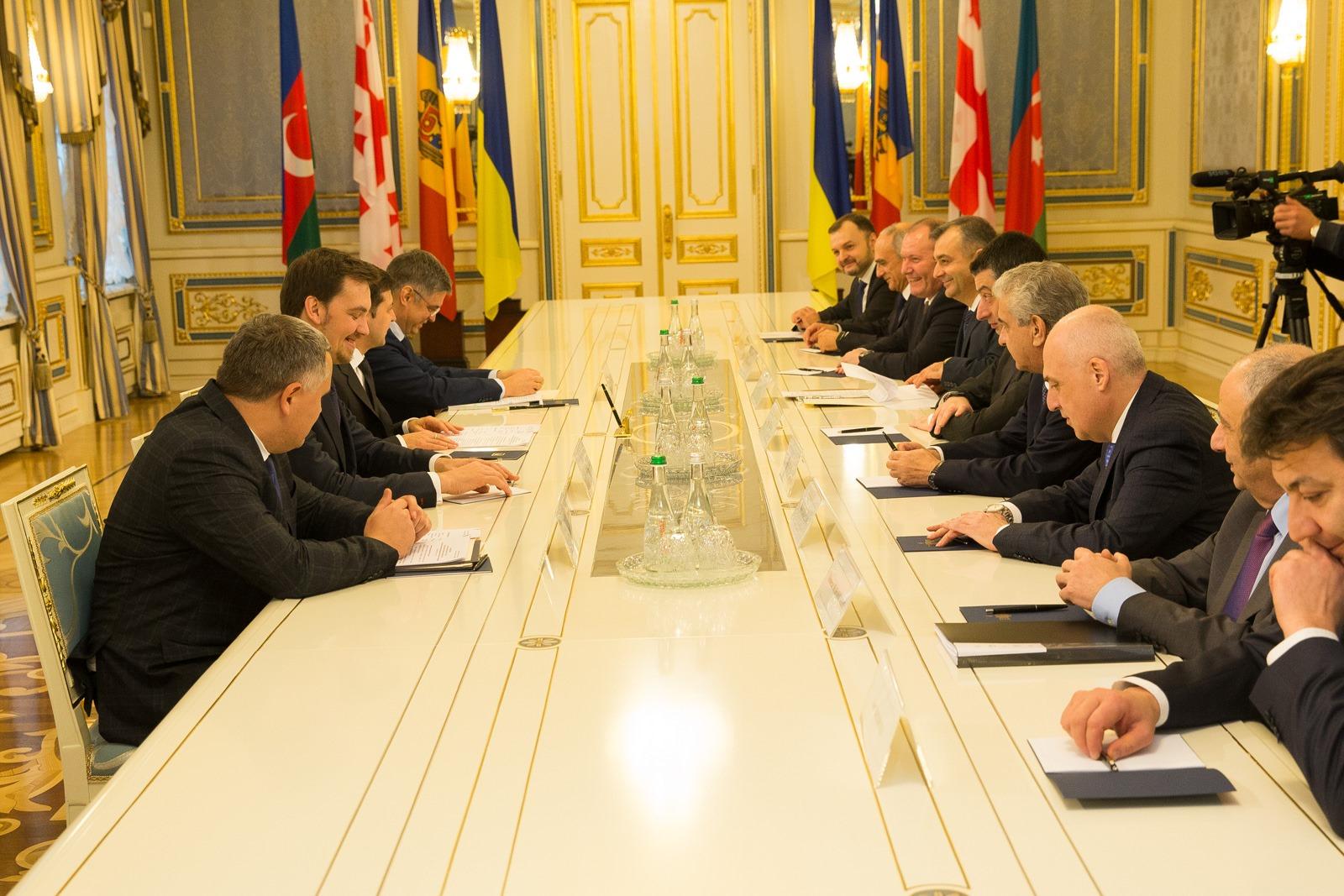 Prim-ministrul, la discuții cu Președintele Ucrainei