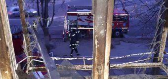 O femeie a decedat în drum spre spital, în urma unui incendiu