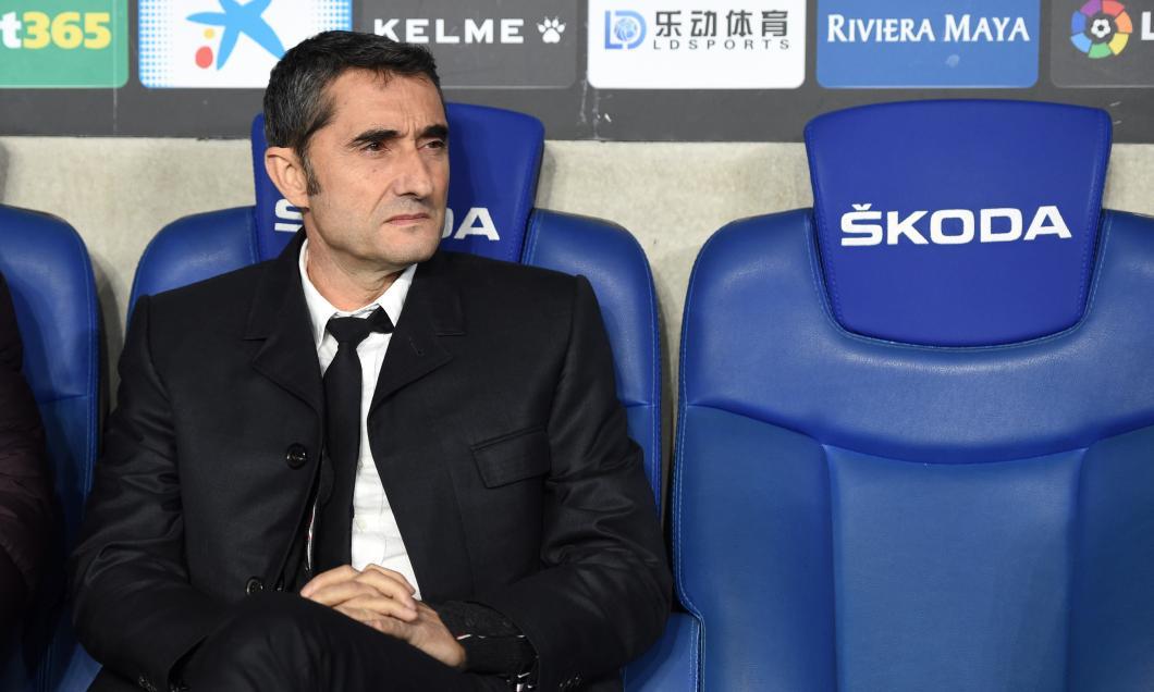 Barcelona l-a dat afară pe Ernesto Valverde. Quique Setien este noul antrenor al catalanilor