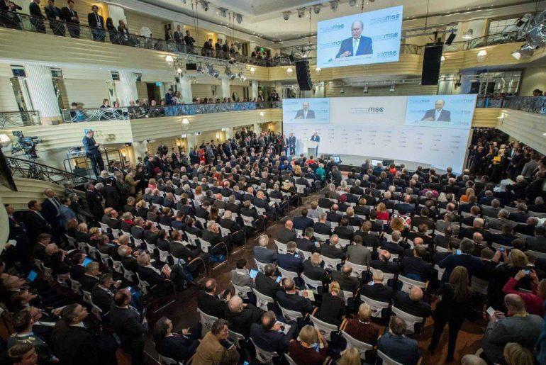 FOTO// Președintele Igor Dodon, surprins printre principalii lideri ai lumii