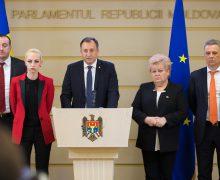 """Deputații Partidului """"Șor"""" au cerut în Parlament pensii mai mari pentru cetățeni"""