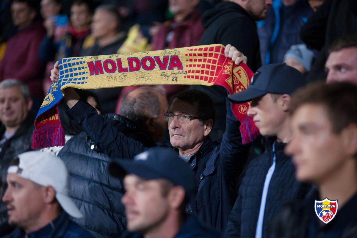 Sergey Tonkih sau moș Serghei – unul dintre cei mai fideli suporteri ai naționalei Moldovei