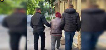 O tânără de 27 ani – jefuită pe o stradă din Capitală. Suspectul a fost reținut