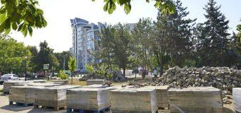 Lucrări de reabilitare în Parcul din str. Miron Costin din sectorul Rîşcani al capitalei