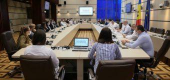 De Ziua internațională a tineretului, în Parlament a fost înregistrat proiectul de modificare a Legii cu privire la tineret