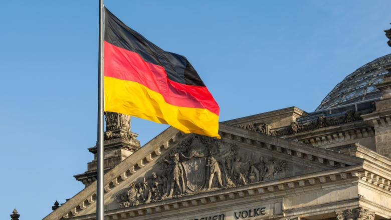 Germania face experimentul banilor fără muncă. Oamenii vor primi 1.200 de euro fără să facă nimic