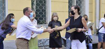 Diplome – oferite de primarul Ceban, pentru voluntarii implicați în acțiuni pentru depășirea crizei provocate de COVID-19