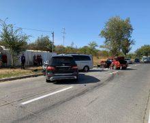 Grav accident în Capitală cu implicarea a 4 unități de transport. Un bărbat a decedat