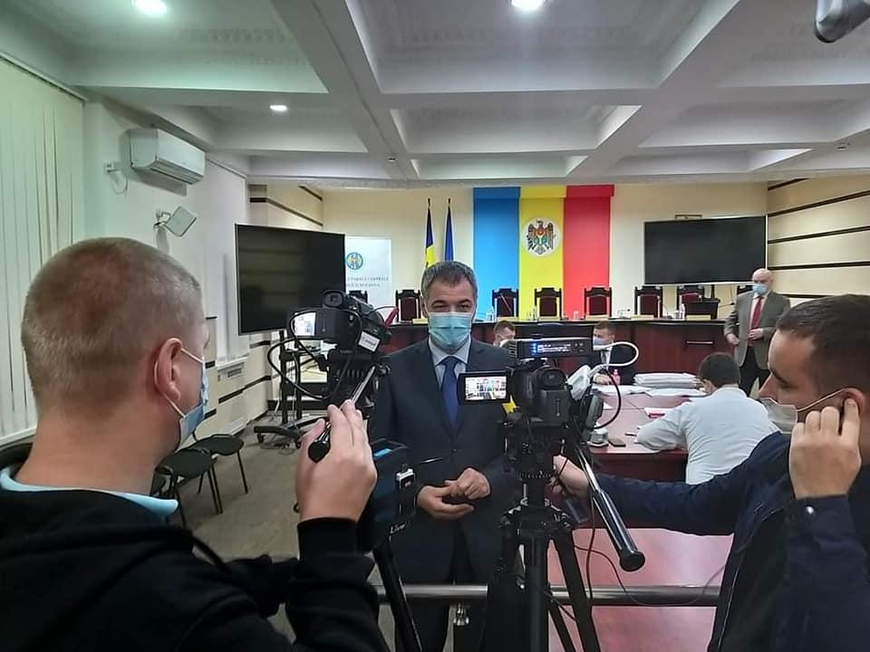 PUN a depus semnăturile pentru înregistrare în cursa electorală