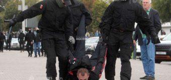 Belarus: Poliţia a arestat duminică alţi 350 de protestatari